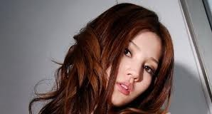 Shinji Kagawa's Girlfriend Ameri Ichinose