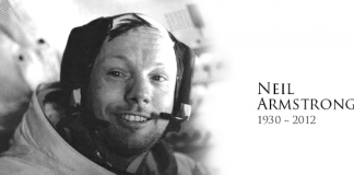 US Neil Armstrong First Man to Step on Moon Dead at 82