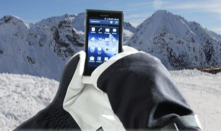 Sony Xperia Sola will Monitor Touch Screen with Gloves Sony Xperia Sola will Monitor Touch Screen with Gloves