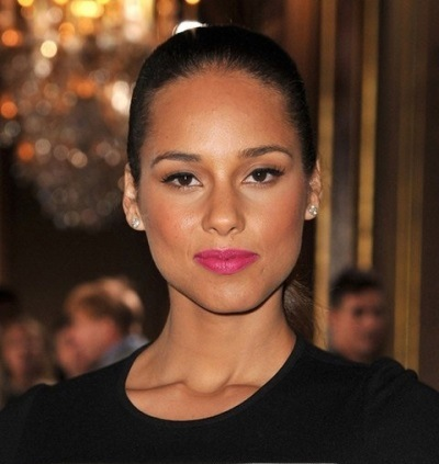 Alicia Keys 5 Eye Colors With the Most Amazing Pink Lips