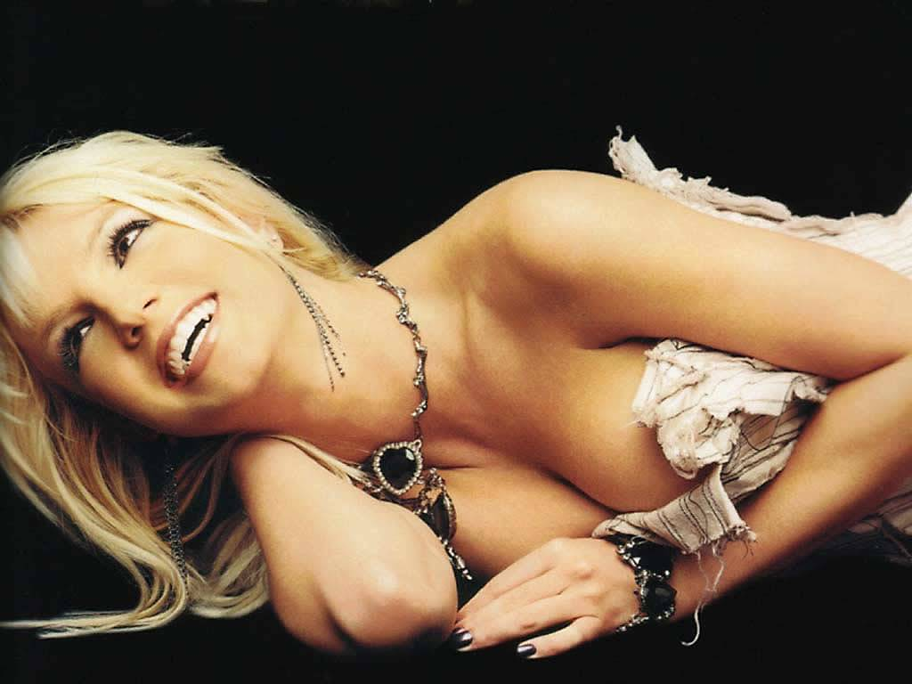 Britney Spears poses in her few unseen photos9 Britney Spears turns to 31st , Britney Spears 31st Birthday