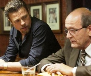 KillingThemSoftly 620 12212 300x252 As Breaking Dawn Fever : Brad Pitt Cannot Quit Twilight Saga