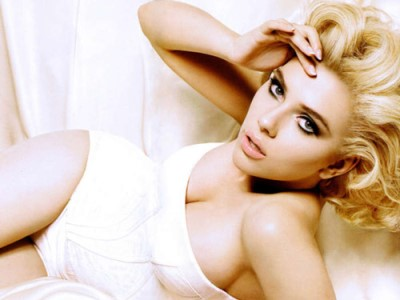 Scarlett Johansson. Top 10 Most Search Beauty Hunt in 2012