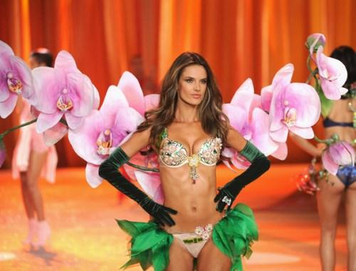 Victoria Secret Fashion Show 2012 Angel Alessandra Ambrosio