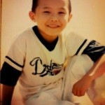 G-Dragon Showing Childhood Photos on Twitter