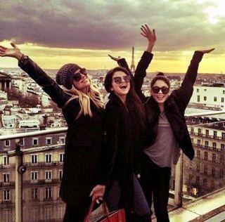 Selena Gomez Memorable Tour To Paris