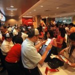 Jollibee Opening Crowd 150x150 Ramly Burgers Are Banned In Singapore