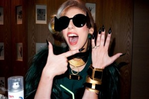 Lady Gaga Showing off Her New Engagement Ring