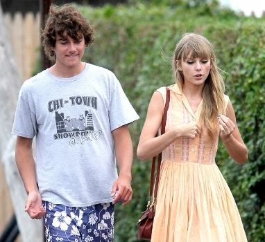 Taylor Swift Romance With Connor Kennedy
