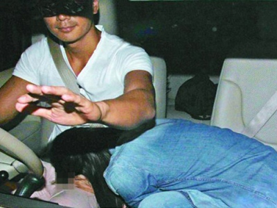Paparazzi Caught Tavia Yeung And Him Law in Car