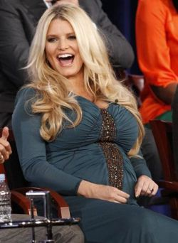 Jessica Simpson Again Pregnant