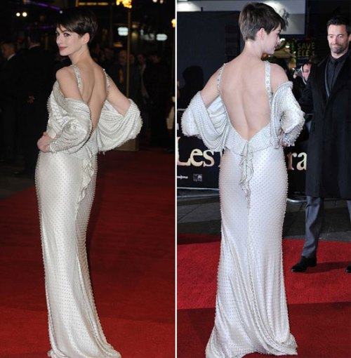 Anne Hathaway Showing off Her Bare Sexy Back
