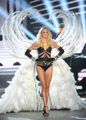 Victoria Secret Fashion Show 2012 Angel Lindsay Ellingson