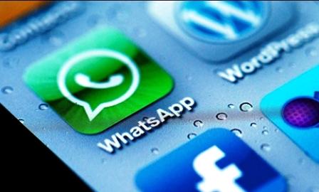 Reasons Why Facebook Buys WhatsApp